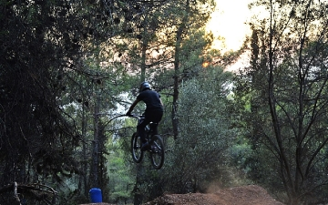 Mountain bike-Downhill_6