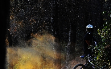 Mountain bike-Downhill_8