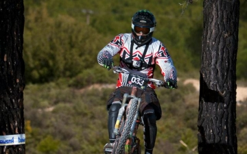 Mountain bike-Downhill_9